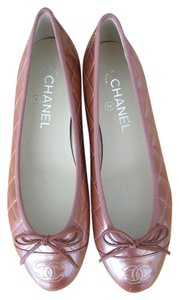 Chanel Metallic rose Flats