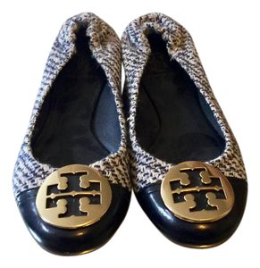 Tory Burch black and white checkered pattern, with gold Tory Burch logo Flats
