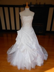 Pronovias White Satin 2842 Destination Wedding Dress Size 4 (S)