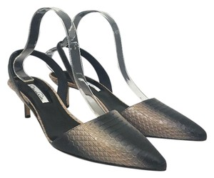 Oscar de la Renta Pointed Toe Medium Heel Height Slingback Print Natural Black Snake Pumps