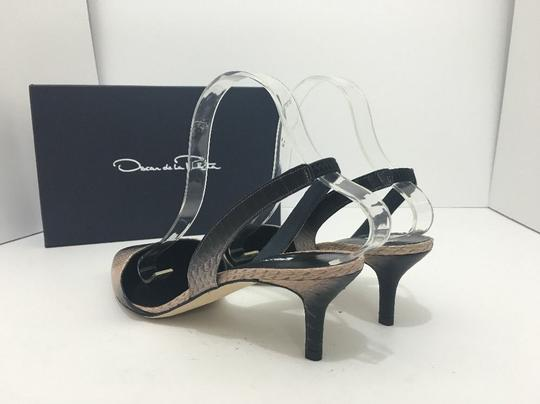Oscar de la Renta Pointed Toe Medium Heel Height Slingback Print Natural Black Snake Pumps Image 11