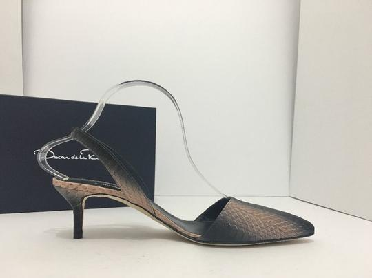 Oscar de la Renta Pointed Toe Medium Heel Height Slingback Print Natural Black Snake Pumps Image 6