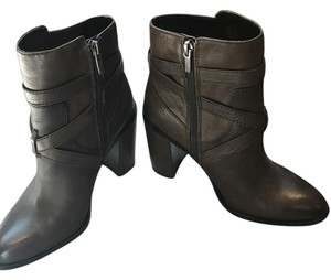 Vince Camuto Grayish/Olive Boots
