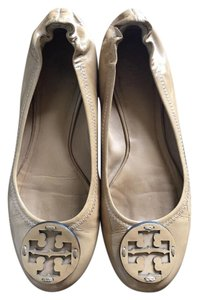 Tory Burch Tan patent Flats