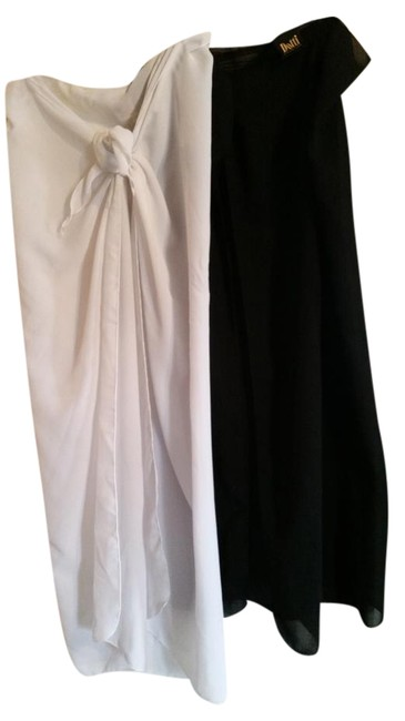 Item - Black and White Cover-up/Sarong Size OS (one size)