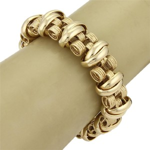 Modern Vintage #20266 Estate 14k Yellow Gold Textured 18mm Wide Fancy Link Bracelet
