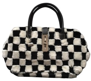 la bagerie Satchel in black and white