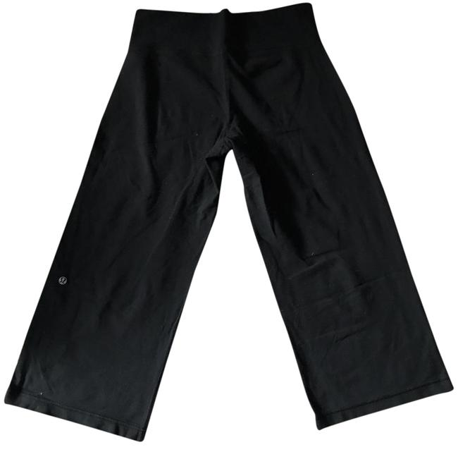 Preload https://img-static.tradesy.com/item/20951208/lululemon-black-crop-legging-capris-size-4-s-27-0-1-650-650.jpg