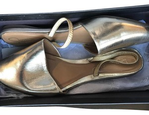Report Signature Gold Flats