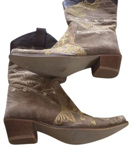 Rockwell Tharp Tan, Embroidery w brown Boots