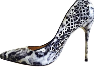 Alexandre Birman Black and White print Pumps