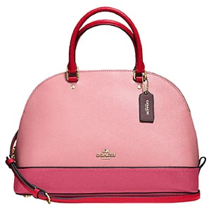 Coach Satchel in Red strawberry