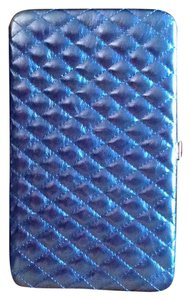 HANANEL quilted blue clutch