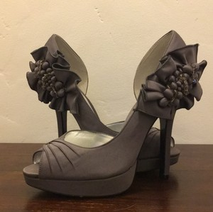 Nina Shoes Dark Grey By In Steel Luster Pumps Size US 8.5 Regular (M, B)