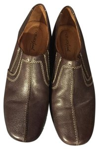 Natural Soul by Naturalizer Rubber Soled Comfortable Brown Flats