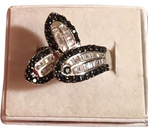 Other Black Sapphire And White Topaz