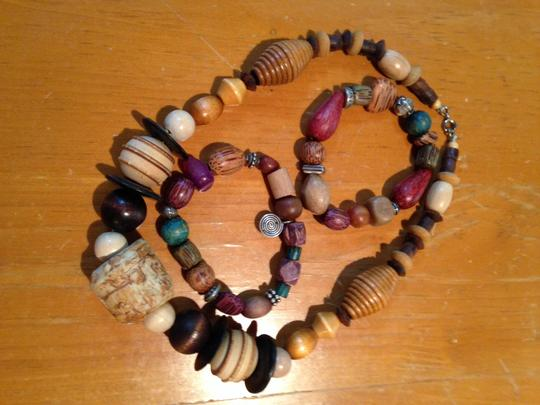 Unknown Wooden necklace and pair of bracelets