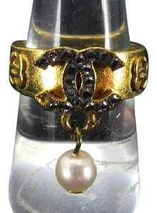 Chanel 02P CC Pearl Drop Ring 216214