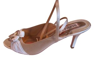 Badgley Mischka Peep Toe Ankle Strap D'orsay Heel Satin Evening Ivory Pumps