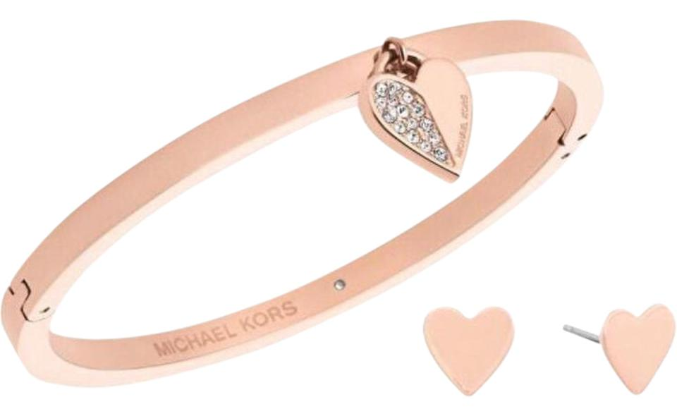 5eae6f65cfb9 Michael Kors Rose Gold Stud Earrings   Crystals Pave Heart Necklace Set  Gift Bracelet