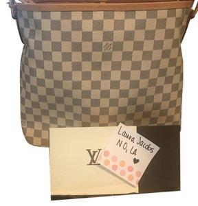 Louis Vuitton Tote in white blue