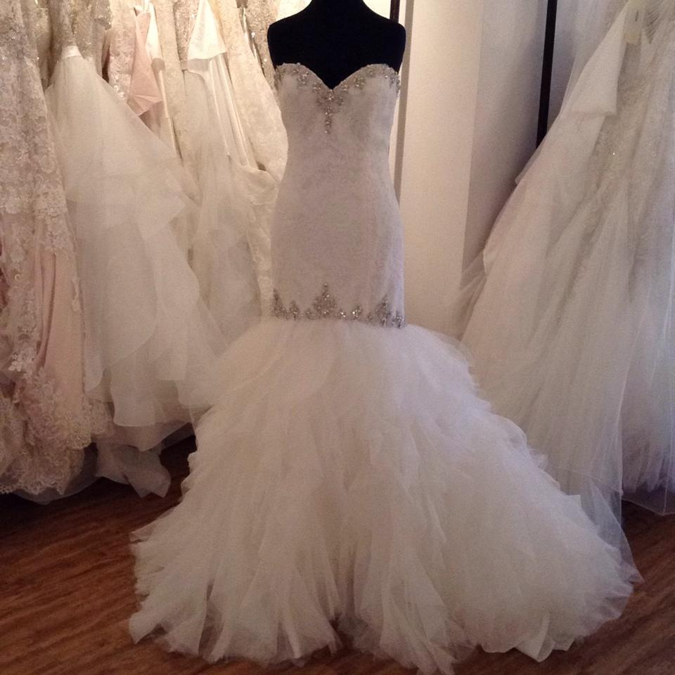 Mori lee ivory lace gown feminine wedding dress size 14 l for Wedding dresses size 14