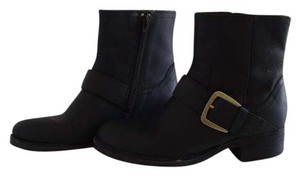 Clarks Blac Boots