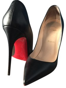 Christian Louboutin Black leather Pumps