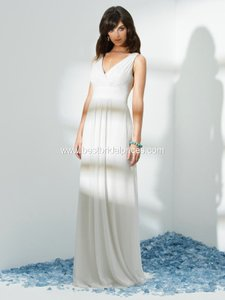 1028 Wedding Dress