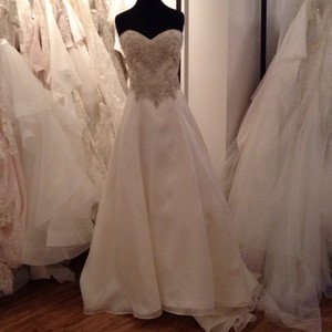 Casablanca Casablanca Gown Wedding Dress