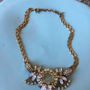 Arden B. statement necklace