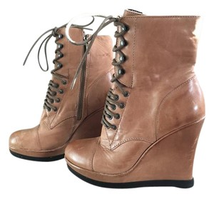 Vince Camuto Vince Wedge Brown Lace Up Camel Boots