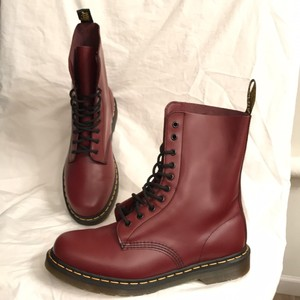 Dr. Martens Leather New The Classic 10 Eyelet Lace Ups Men's 10 Dark Red Boots