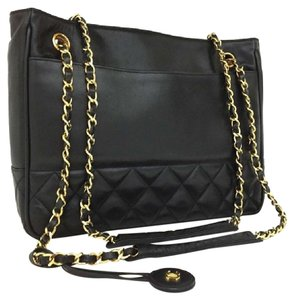 Chanel Vintage Leather Lambskin Tote in Black