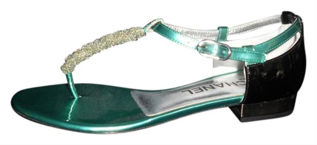 Item - Green/Black Beaded Thong Ankle T Strap Patent Leather Flat Sandals Size EU 36 (Approx. US 6) Wide (C, D)