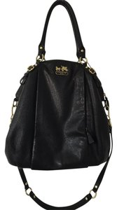 Coach Leather Gold Hardware Leather Tote in Black