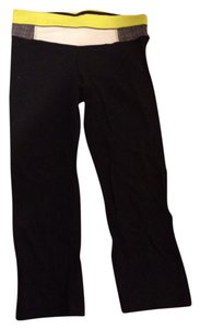 Lululemon Capris Black with green and gray astro waist