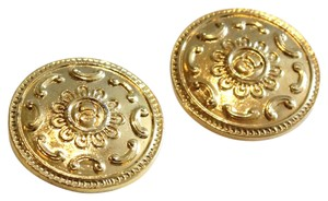 Chanel 2 Large Gold Tone Shank Buttons