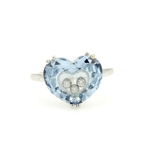 Chopard Chopard Happy Diamond Blue Heart Shaped 18k White Gold Ring
