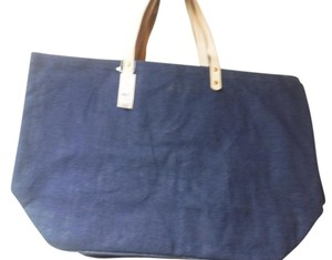 New York & Company Tote in navy