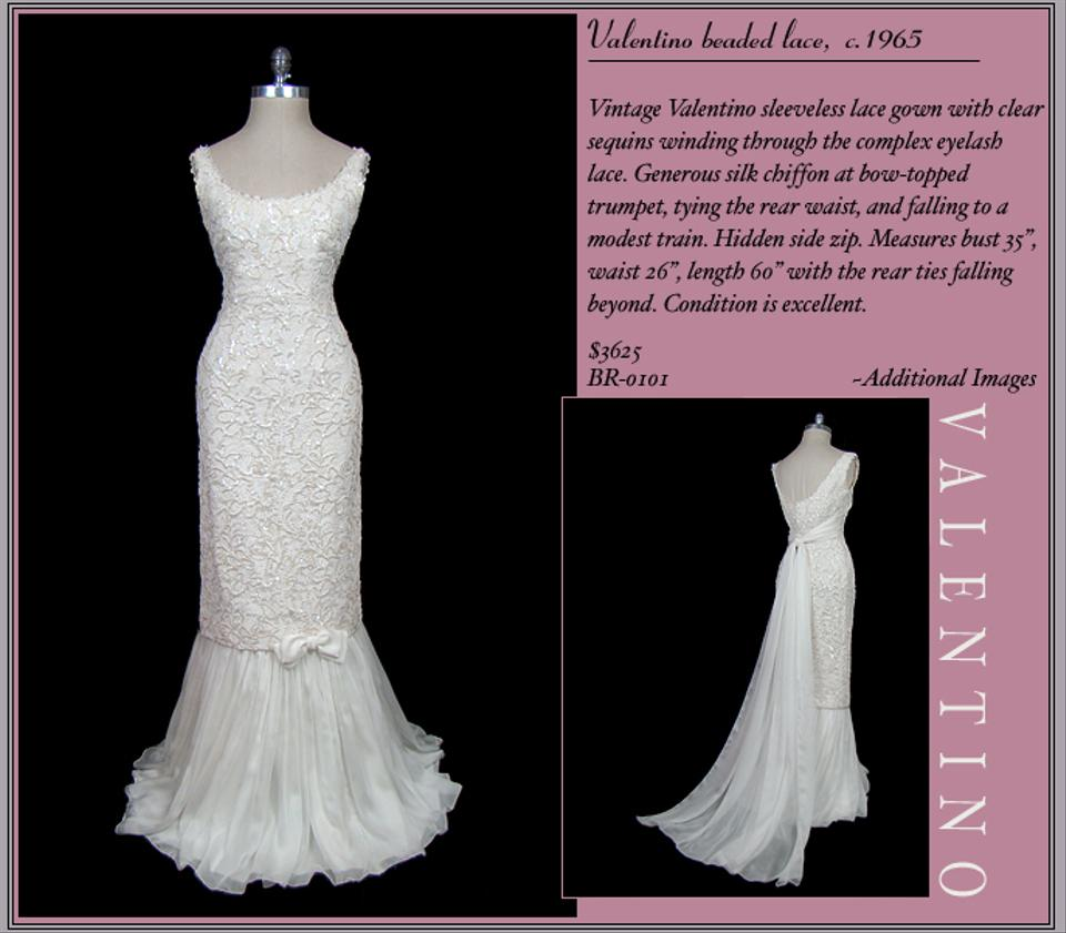Valentino Off White Lace 1965 Vintage Wedding Dress Size 4 (S) - Tradesy