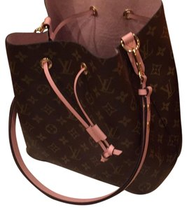 Louis Vuitton Tote in Monogram and Rose Ballerina