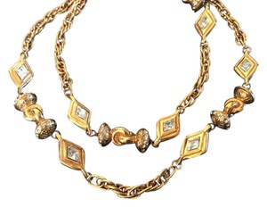Chanel RARE VINTAGE CHANEL 18k GOLD PLATED CRYSTAL NECKLACE