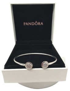 PANDORA Pandora Signature bangle 6.9 inches medium in box