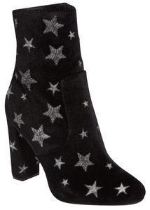Steve Madden black with silver stars Boots