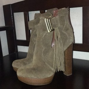 Boutique 9 brown Mules