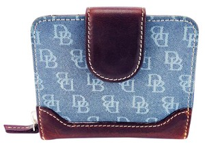 Dooney & Bourke Dooney & Bourke Blue Signature Canvas & Brown Leather Snap Wallet