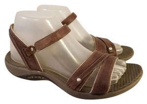 Merrell Woman Leather Brown Sandals