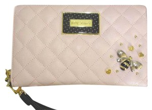 Betsey Johnson BLUSH OVERSIZED ZIP AROUND QUILTED DIAMONDS/studded /TRAVEL WALLET