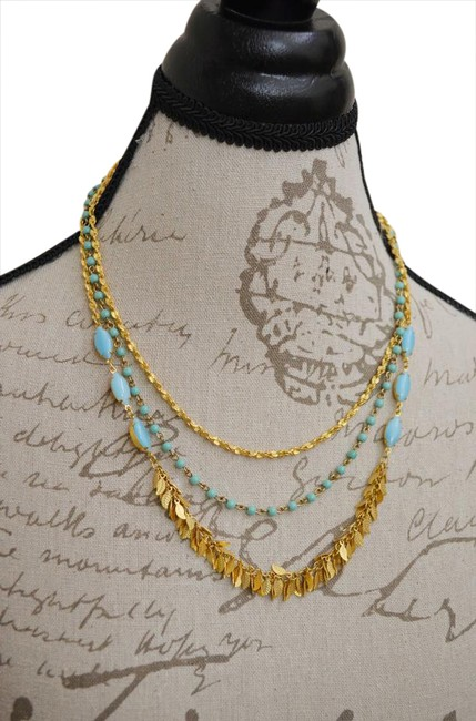 Item - Gold & Turquoise Color Necklace